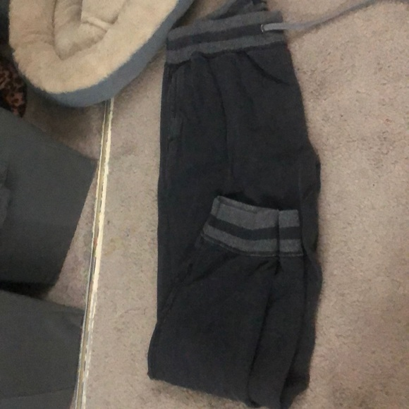 American Eagle Outfitters Pants - Gray sweats